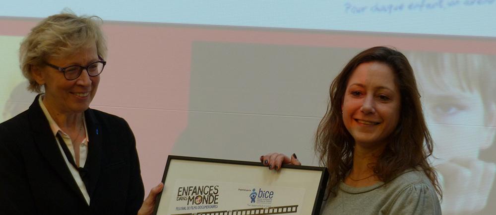 Geneviève Avenard pour remettre le prix du jury