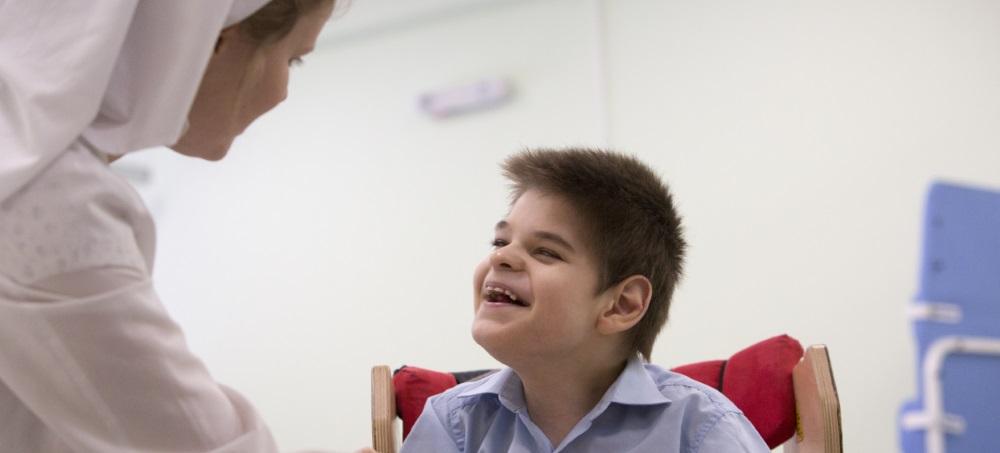 Garantizar los derechos de los niños con discapacidad en Europa Oriental