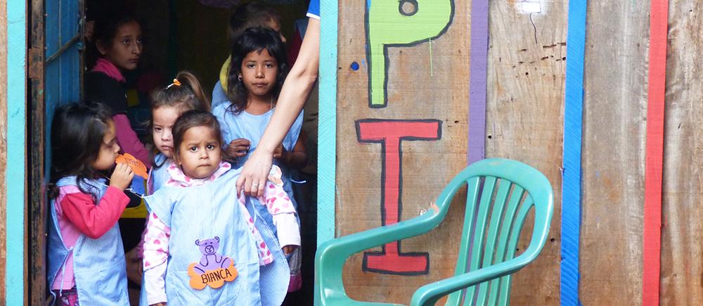 Des centres pour protéger la petite enfance au Paraguay