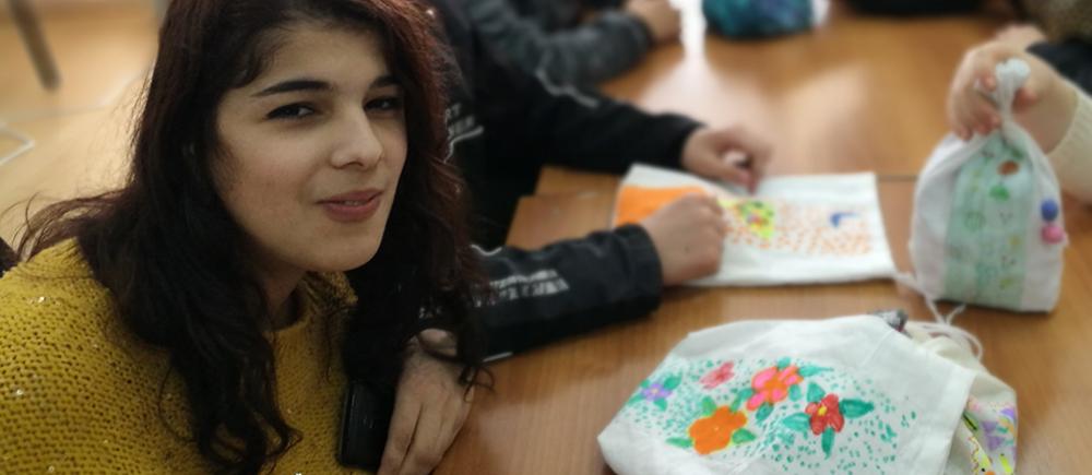 Nino, une jeune fille en situation de handicap qui s'ouvre à la vie