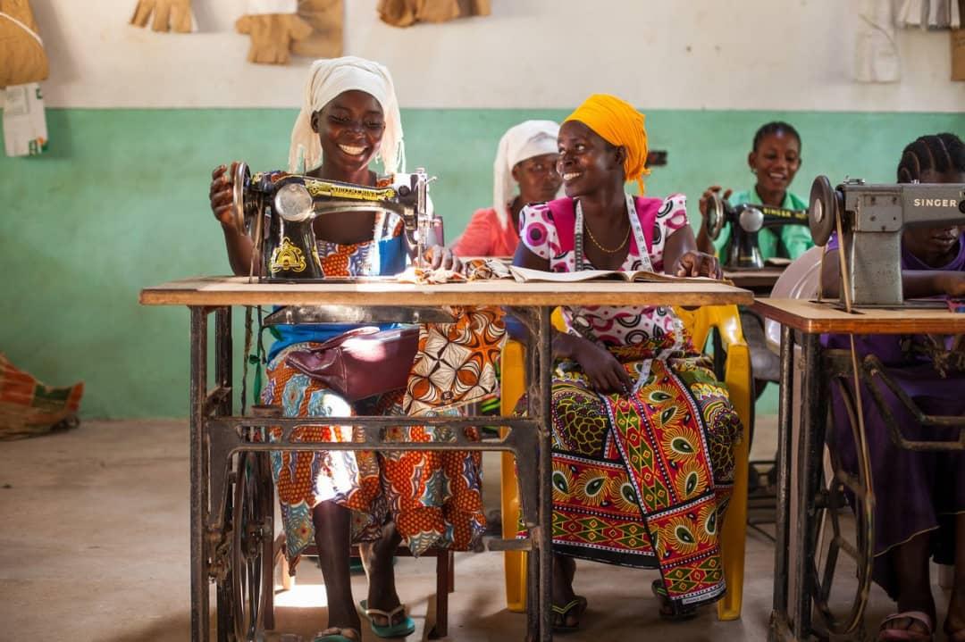 RDC écoles sans murs - pauvreté frein à la scolarisation